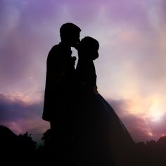 Just like Gone With The Wind....absolute LOVE this and want that pose/setting! ♥