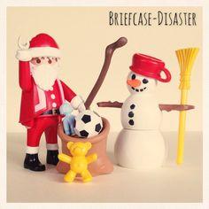 Playmobil Duo Pack 4890 - Papa Noel con Muñeco de Nieve. Santa Claus with Snowman. | #playmobil #toygram #toys #toyphotography #figure #figures #city #papa #papanoel #noel #santa #claus #santaclaus #muñecodenieve #muñeco #nieve #snowman #christmas #navidad #winter #invierno #playmobilcollectorclub #playmobilcollectorsclub