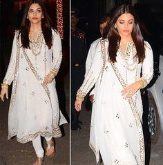 Aishwarya Rai At Diwali Celebrations