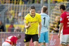Robert Lewandowski celebra un gol ante el Freiburg