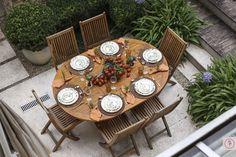 Um almoço o jardim com cores do inverno para receber amigos em casa! Laranja, marrom, verde e amarelo queimado foram os tons escolhidos para uma tarde de inverno com pouco sol, mas muito agradável.