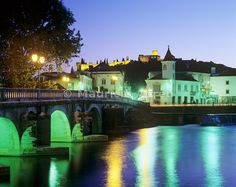 The city of Tomar at twilight. Portugal - Images of Portugal Portugal Destinations, Wonders Of The World, Twilight, Mansions, House Styles, City, Happy, Travel, Nest Box