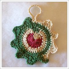 Crochet Ornament interesting way to change colors