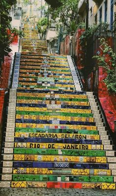 The colourful, tile-wrapped stairway of Santa Tereza at Manuel Carneiro street in Rio de Janeiro, Brazil • architect/artist: Escadaria Selarón • photo: Creative Commons