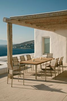 outdoor furniture high end. Entertain Large Summer Soirees With This Barlow Tyrie Equinox Extending Dining Table. Outdoor Furniture High End A