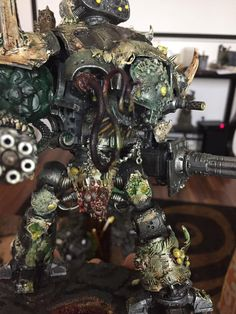 Nurgle Titans are the things of nightmares, made from both mechanical and disease! Come take a look at today's disgusting Conversion Corner!
