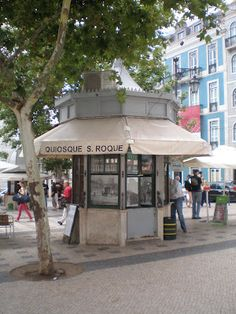 Fun Art, Cool Art, Kiosk, Portuguese, Gazebo, Travelling, Shops, Europe, Outdoor Structures