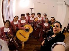 DIVAS DE AMÉRICA un mariachi femenil de Colombia en México #VlogPeriodístico #VlogVaronita #161  Una gran emoción es siempre escuchar al mariachi de nuestro país; de alguna manera sus acordes recorren por nuestras venas, hablan de nuestros pueblos, hablan de nuestra gente, habla del amor  y el desamor.