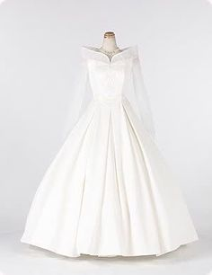Ball Gown Wedding Dresses For Bride : Sleeping Beauty Wedding Dress Disney Wedding Gowns, Disney Dresses, Princess Wedding Dresses, Dream Wedding Dresses, Disney Weddings, Gown Wedding, Wedding Venues, Wedding Ideas, Pretty Dresses