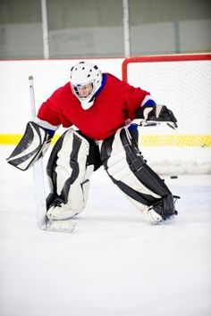 Hand-Eye Coordination Exercises for Hockey Field Hockey Goalie, Hockey Drills, Hockey Memes, Hockey Quotes, Hockey Players, Ice Hockey, Hockey Workouts, Hockey Training, Hockey Season