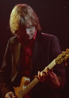 Dave Edmunds [Former founder of Love Scupture a Welsh blues-rock band of the late Dave Edmunds, Nick Lowe, Stephen Thomas, Xmas Songs, E Street Band, Bob Seger, Chuck Berry, Jazz Musicians, Blues Rock