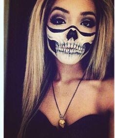 Afbeelding via We Heart It https://weheartit.com/entry/143499703/via/16742844 #blonde #girl #Halloween #makeup #scary #skeleton #skull
