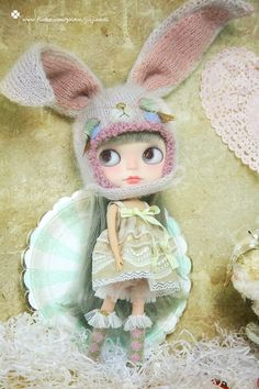 Hello! Welcome to jiajiadoll This is for Blythe / SD BJD, the hat is so delicate. Sale item is for Included: ◆pink Sleeping rabbit bunny helmet hat