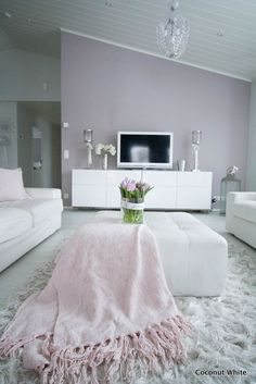 Spring living room decorated with pastel colors - Decoration For Home Living Room Grey, Home And Living, Living Room Decor, Pastel Room, Pastel Colors, Pastel Pink, Lilac, Diy Casa, Style Deco
