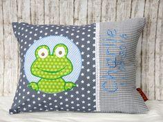 """Namenskissen - Namenskissen """" Frosch """" blau/grau incl.1.Name - ein Designerstück von Julies-Place bei DaWanda"""