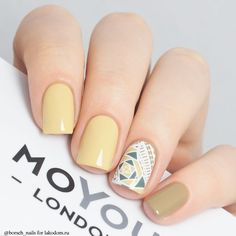 Having short nails is extremely practical. The problem is so many nail art and manicure designs that you'll find online Love Nails, Fun Nails, Pretty Nails, Spring Nails, Summer Nails, Square Acrylic Nails, Square Nails, Glittery Nails, Silver Glitter
