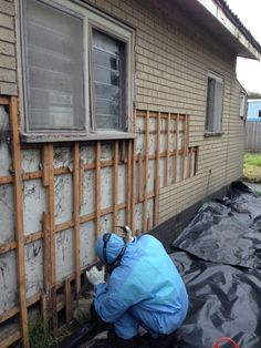 How to Remove Asbestos Siding Safely—By Yourself | Siding