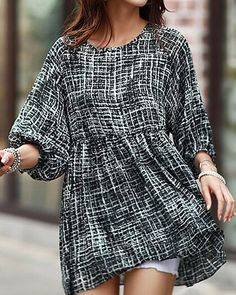$8.72 Abstract Print Trendy Style Scoop Collar 3/4 Sleeve Women's T-Shirt