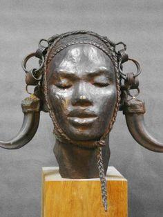 Darbaud_sculptures_guerrier_dinka