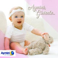Bebekler çevresiyle ve etrafında bulunan eşyalarla duygusal bir bağ kurduğunun bilinciyle, onlara güven veren mobilyalar üretiyoruz. #anne #bebek #aymini