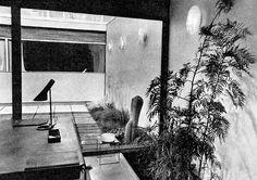 arne jacobsen atrium house   living room   courtyard   1958