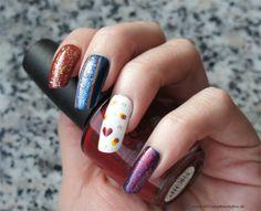Sailor Moon inspired nail art by http://www.billchensbeautybox.de/2015/06/sailor-moon-blogparade-sailor-moon.html