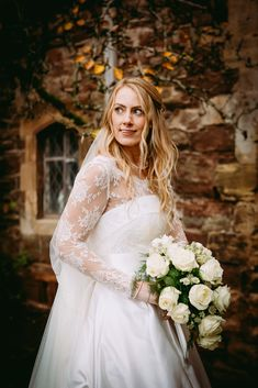Berkeley Castle Wedding, by Sarah Elvin Photography. Swansea, Rustic Style, Castle, Wedding Photography, Wedding Dresses, Beautiful, Fashion, Bride Dresses, Moda