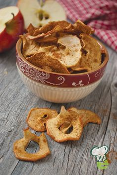 Cinnamon Apple Chips Recipe  : Halloween treats can be healthy. Try these delicious apple crisps for a sweet treat made of fresh fruit. The kids will keep coming back for more.