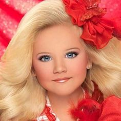 Photo of T&T glitz for fans of toddlers and tiaras 33446433 Pagent Makeup, Pagent Hair, Glitz Pageant, Pageant Girls, Tiara Images, Pageant Headshots, Toddlers And Tiaras, Little Girl Photography, Pretty Kids