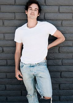 Tyler Blackburn-Caleb River Pretty Little Liars Tyler Blackburn, Caleb Pretty Little Liars, Pretty Little Lairs, Roswell New Mexico, Wattpad, Can't Stop Laughing, Celebs, Celebrities, My Crush