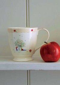 Apple Picking Tall Mug