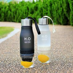 Trovido H2O Lemon Water Bottle
