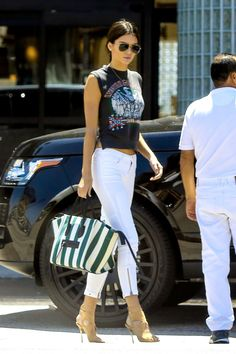 Kendall Jenner picks up Justin Bieber at Equinox gym in Woodland Hills, California, on May 10, 2015.   - Cosmopolitan.com