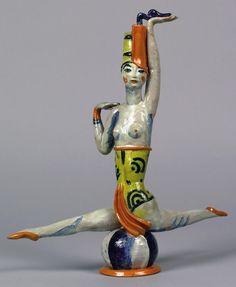 ¤ Figurine en ceramique by Vally Weiselthier. Wiener Werkstatte