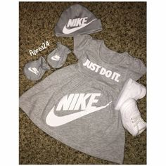 Baby Outfits Nike 45 Trendy Ideas Baby Outfits N Baby Girl Nike, Cute Baby Girl, Cute Babies, Nike Newborn, Baby Outfits Newborn, Baby Nike Outfits, Swag Outfits, Toddler Outfits, Baby Girl Fashion