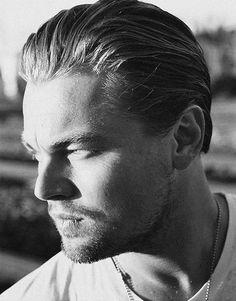 Leo <3 Kate Winslet, Leonardo Dicapro, Young Leonardo Dicaprio, Leo Love, Photography Poses For Men, Good Looking Men, Brad Pitt, Best Actor, Mannequins