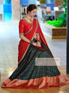 Lehenga Saree Design, Half Saree Lehenga, Lehnga Dress, Silk Lehenga, Saree Look, Lehenga Designs, Bridal Lehenga Choli, Pattu Sarees Wedding, Floral Lehenga