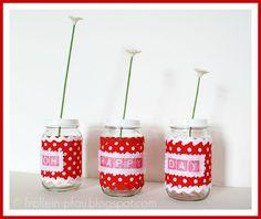 Vasen aus Babygläschen