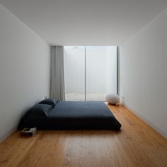 99 Variety of Minimalist Bedroom Interior Design 2017 - Minimalist Bed, Minimalist Interior, Minimalist Decor, Minimalist Studio Apartment, Minimal Apartment, Minimalist Style, Interior Minimalista, Minimal Bedroom, Modern Bedroom