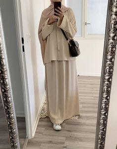Modern Hijab Fashion, Muslim Fashion, Muslimah Clothing, Big Size Fashion, Muslim Beauty, Hijab Style, Mode Hijab, Naruto, Duster Coat