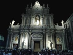 Catania is my hometown. I love Duomo, Pescheria, Fera u'luni, Sant'Agata
