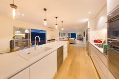 If you are planning a kitchen renovation in auckkland, check out the new kitchen showroom at KMD Kitchens, Mt Wellington, Auckland. Kitchen Showroom, Micro House, New Kitchen, Kitchen Ideas, Kitchen Renovations, Kitchen Makeovers, Beautiful Kitchens, Auckland, Modern Design