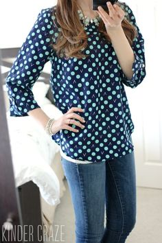 Love the colors of this blouse. So cute!