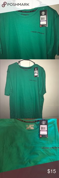 Under Armour Heat Gear Loose Fit Brand new - perfect condition !  Bundle 3 or more items for a private discount offer ! Under Armour Shirts Tees - Short Sleeve