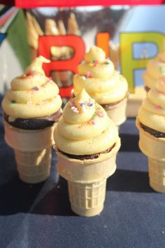 Ice Cream Cone Cupcakes #cupcakes #cupcakeideas #cupcakerecipes #food #yummy #sweet #delicious #cupcake