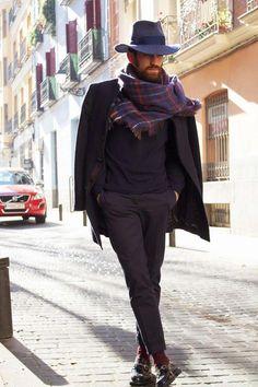 1c64192481fce1 Accessoire de mode homme et femme, découvrez le foulard mode d'emploi et  conseils