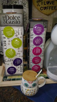 Tableware, Kitchen, Cooking, Dinnerware, Dishes, Home Kitchens, Kitchens, Place Settings, Cucina