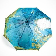 World Map Automatic Folding Umbrella. Super strong fiberglass frame, and lightweight fabric. Automatic open and close push button. Windproof frame with easy-glide runner. - 103 x 62 cm / 41.2 x 24.8 inch (W x H) when opened. - 31 cm / 12.4 inch (L) when folded.
