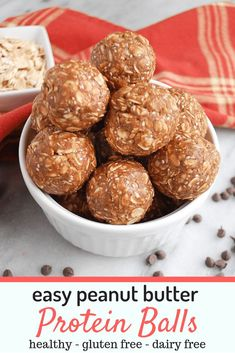 This simple and easy recipe for peanut butter protein balls is my favorite snack on the road even on busy days! Made from peanut butter, honey, oats and just a few other simple ingredients! Pb2 Cookies, High Protein Snacks, Healthy Snacks, Protein Foods, Simple Snacks, Vegan Snacks, Healthy Protein Balls, Chocolate Protein Balls, Protein Bites