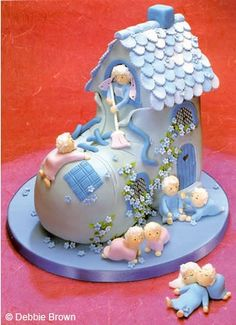 Yes, I know this is a cake, but this is also a great idea to make for a fairy garden….. I think I'm going to make it out of sculpy clay. Minus the little ones, though. @ its-a-green-life